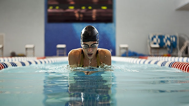 mj-618_348_learn-how-to-breaststroke-your-fittest-summer-ever