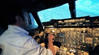 mj-618_348_learning-to-be-a-pilot-on-british-airways-flight-simulator