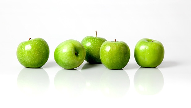 mj-618_348_less-gold-more-delicious-apples