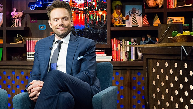 mj-618_348_lessons-in-air-mail-with-joel-mchale