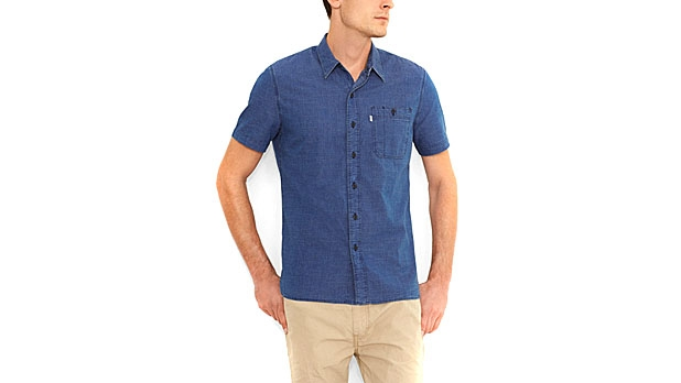mj-618_348_levis-utility-workshirt-short-sleeve-button-downs-for-an-active-summer