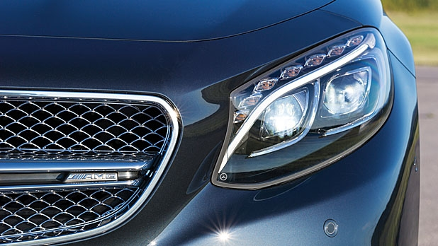 mj-618_348_lights-of-the-future-mercedes-benz-s65-amg-coupe-style-and-design