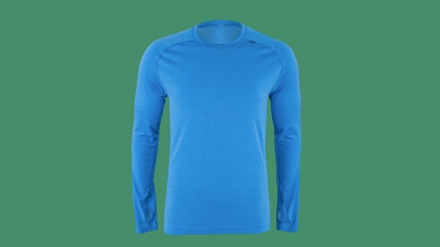 mj-618_348_lululemon-sweat-session-half-zip-se-18-perfect-gifts-for-the-health-nut