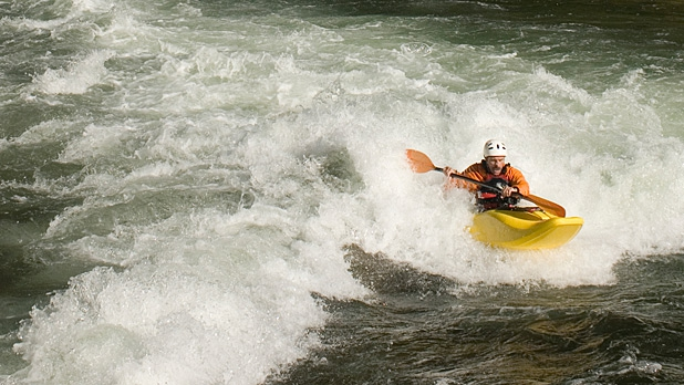 mj-618_348_luxury-rafting-on-the-river-of-no-return