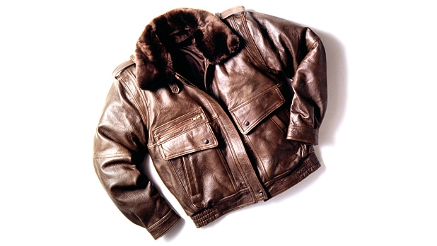mj-618_348_mind-the-fit-how-to-buy-a-leather-jacket