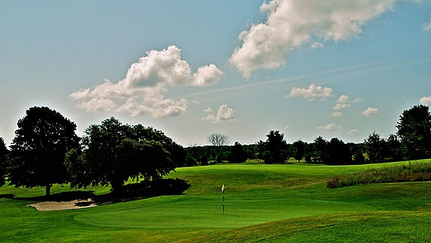 mj-618_348_more-bang-for-your-buck-lower-peninsula-michigan-epic-golf-vacations