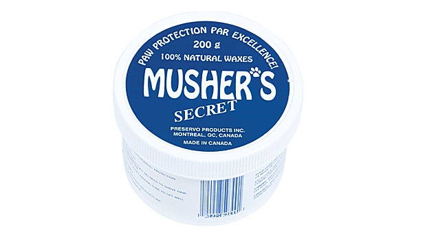 mj-618_348_musher-s-secret-paw-protection-gear-for-hiking-with-your-dog