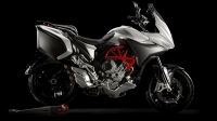 mj-618_348_mv-agusta-turismo-veloce-lusso-800-touring-motorcycles