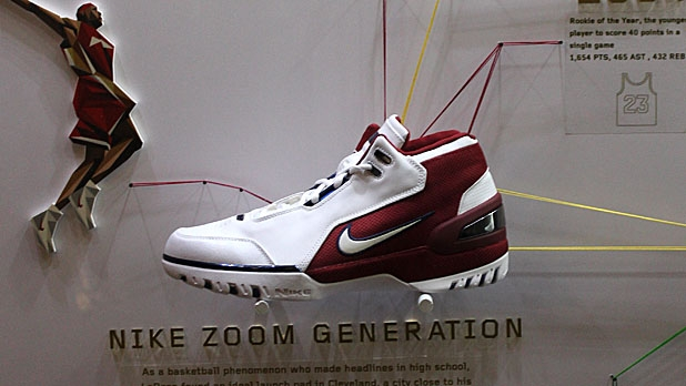 9538c1e0ee4 Who Reigns Between Jordan and LeBron  A Comparison of Nike Sneakers ...