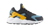 mj-618_348_nikes-infamous-air-huarache-makes-a-comeback