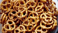 Are organic pretzels better for you? Probably not.