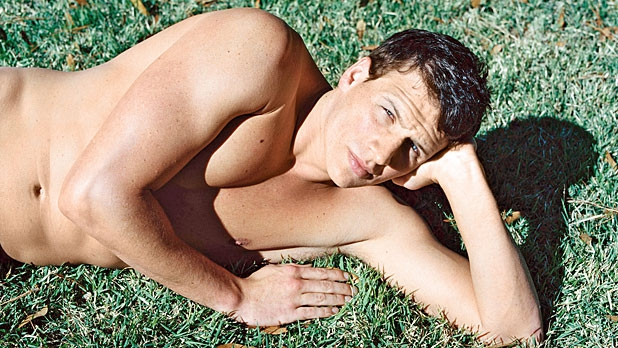 mj-618_348_on-the-cover-ryan-lochte-s-mellow-gold