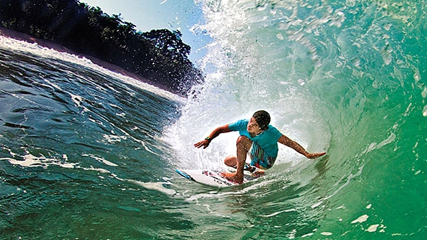With year-round swells, Pedasi is the country's best surf spot.