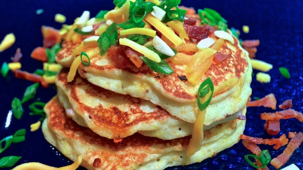 mj-618_348_papa-tom-yellow-stone-ground-grits-and-bits-pancakes-9-ridiculously-delicious-spins-on-grits