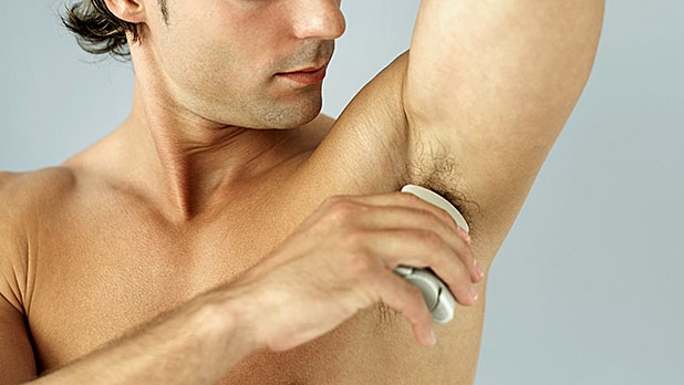 mj-618_348_put-your-antiperspirant-on-at-night-how-to-stop-sweating