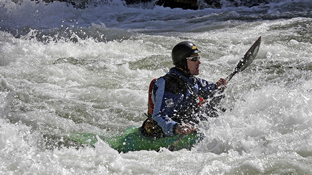 mj-618_348_race-payette-river-games-cascade-idaho-action-packed-summer-trips