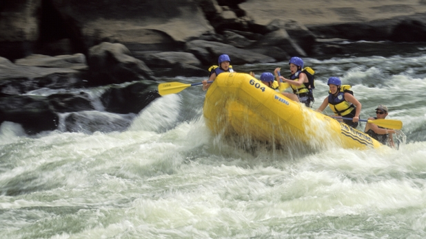 mj-618_348_raft-the-new-river-gorge-in-west-virginia-7-more-weeks-of-summer