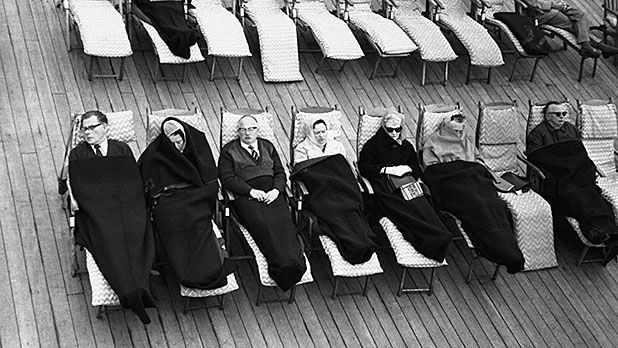 mj-618_348_reasons-to-never-take-a-cruise-seasickness