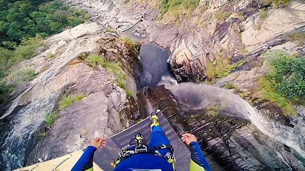 mj-618_348_record-193-foot-free-jump-into-a-tiny-pool-most-adventurous-videos-of-2015