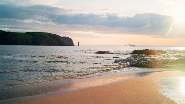 mj-618_348_sandwood-bay-the-top-20-most-adventurous-beaches-in-the-world