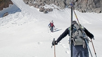 mj-618_348_ski-and-climb-on-the-continental-divide-off-season-national-park-adventures