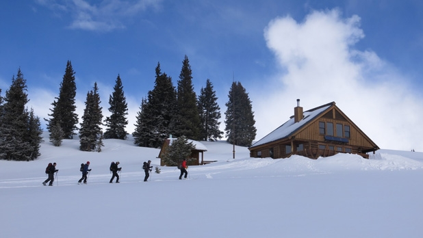 mj-618_348_ski-hut-to-hut-in-the-rocky-mountains-experiences-gift-guide