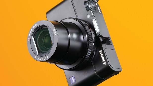 mj-618_348_sony-rx100-iii-best-new-cameras-for-2015