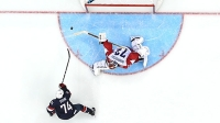 mj-618_348_t-j-oshie-takes-down-russia-best-sports-moments-of-2014