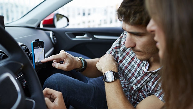 mj-618_348_the-10-best-in-car-apps-you-need-right-now