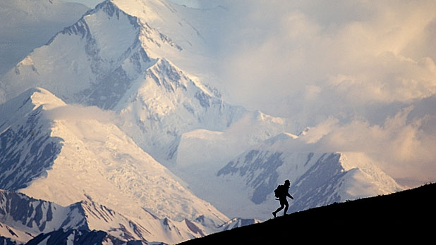 mj-618_348_the-10-most-dangerous-hikes-in-the-u-s