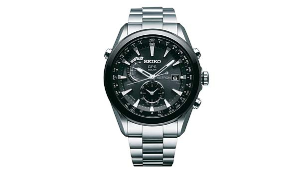 mj-618_348_the-always-accurate-watch