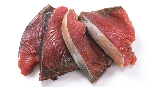 mj-618_348_the-best-and-worst-foods-on-the-andi-scale-fresh-fish
