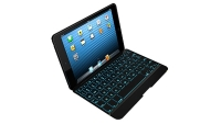 mj-618_348_the-best-keyboard-for-your-ipad-mini-checking-with-matt-on-right-product