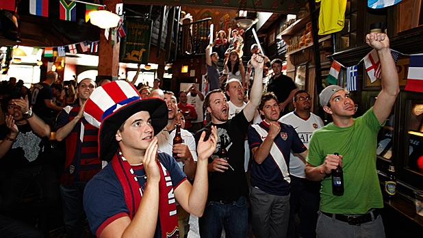 mj-618_348_the-best-world-cup-bars-in-america