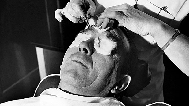 mj-618_348_the-brow-beater-the-7-biggest-grooming-mistakes
