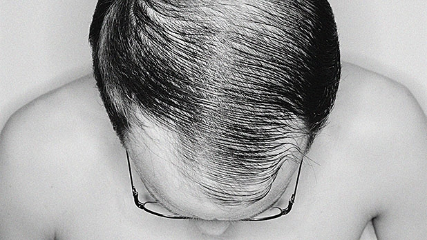 mj-618_348_the-comb-over-the-7-biggest-grooming-mistakes
