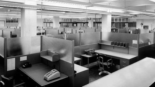 mj-618_348_the-cubicle-turns-50