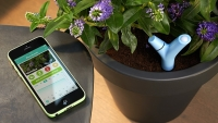 mj-618_348_the-device-that-gives-anyone-a-green-thumb