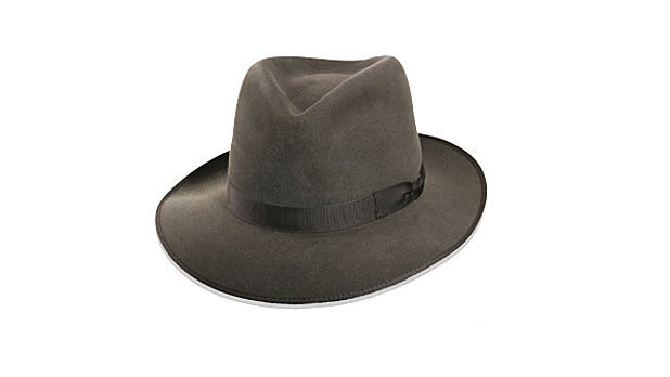 mj-618_348_the-hat-that-adds-class