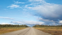 mj-618_348_the-loneliest-road-in-the-world