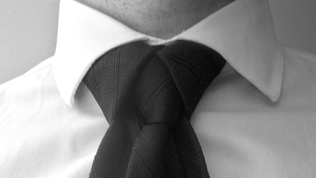 How to tie a tie 10 ways mens journal ccuart Image collections