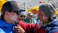 mj-618_348_the-moniz-expedition-reports-from-everest