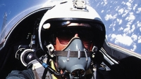 mj-618_348_the-most-extreme-trips-on-earth