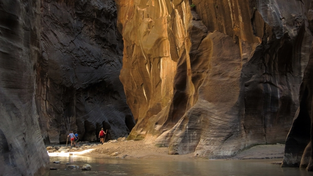 mj-618_348_the-narrows-zion-national-park-utah-16-miles-50-greatest-hikes