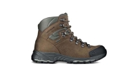 mj-618_348_the-swift-and-rugged-hiker-the-best-new-stuff-of-2014