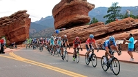 The peloton climbs up through the Garden of the Gods on Stage 4 of the 2012 USA Pro Challenge.