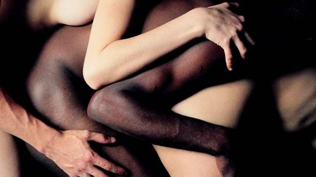 mj-618_348_threesomes-how-to-start-experimenting-sexually