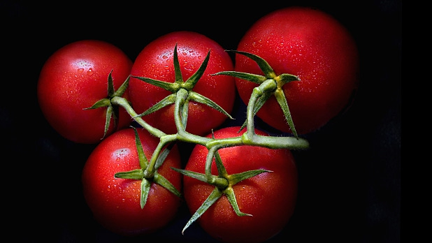 mj-618_348_tomatoes-help-prevent-strokes-too