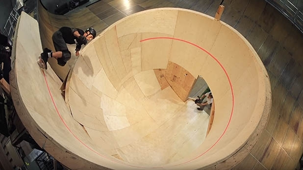 mj-618_348_tony-hawk-completes-the-first-ever-horizontal-loop-most-adventurous-videos-of-2015