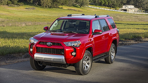 mj-618_348_toyota-4runner-best-cars-for-every-road-trip